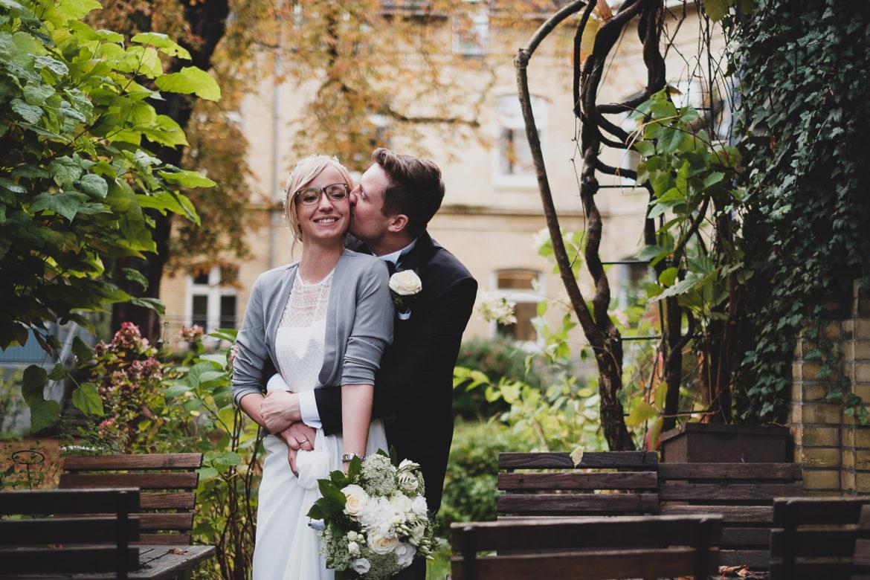 Brautpaar im Herbst